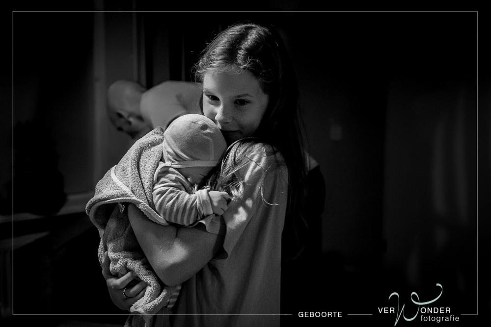 grote zus bij de geboorte