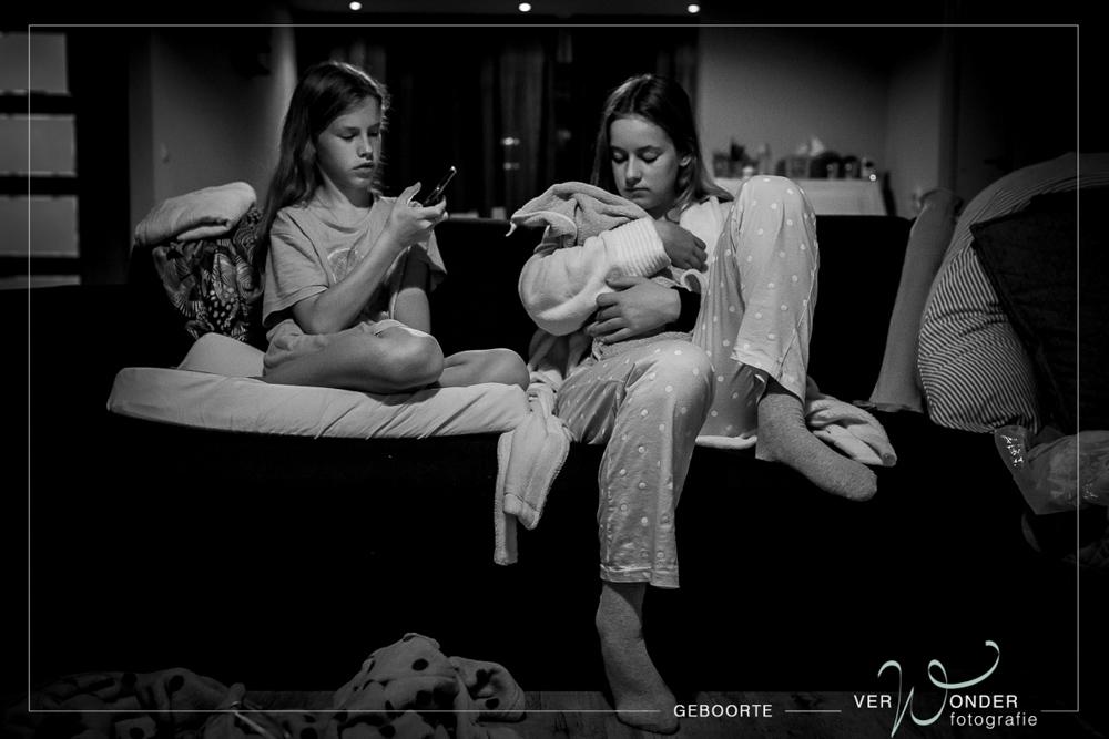 grote zussen bij de geboorte