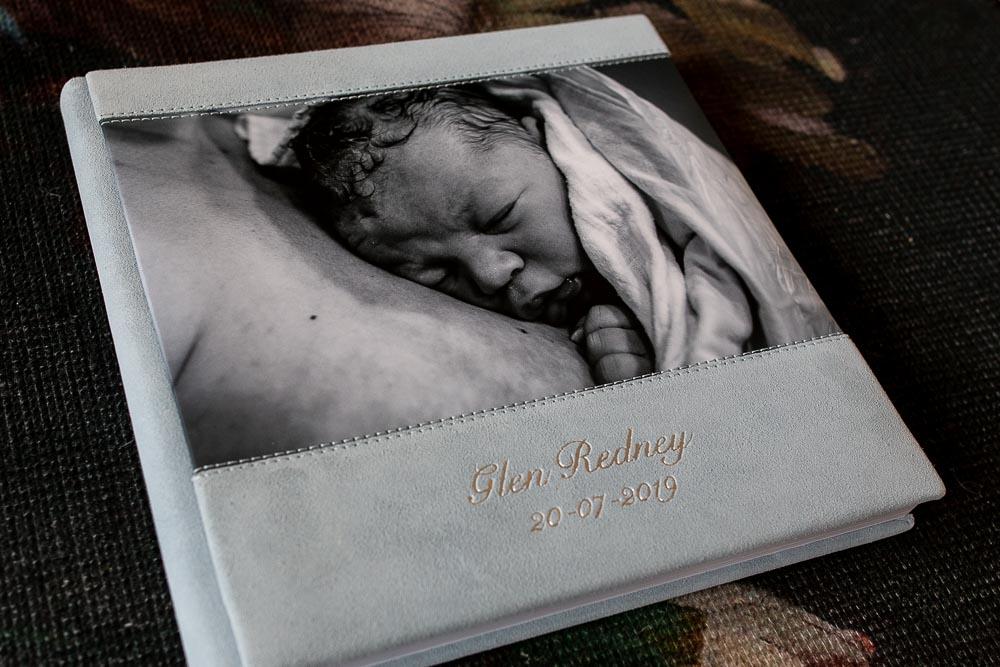 geboortefoto's met zilver naam
